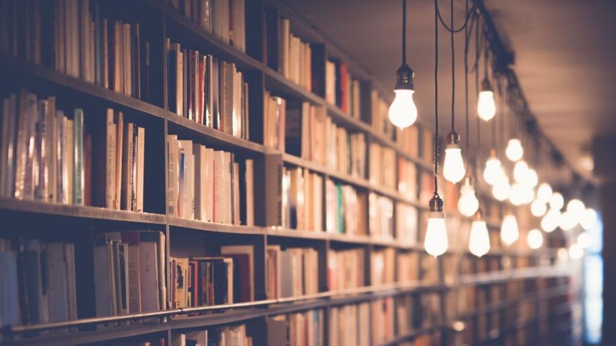 blur-book-stack-books-2000x1500